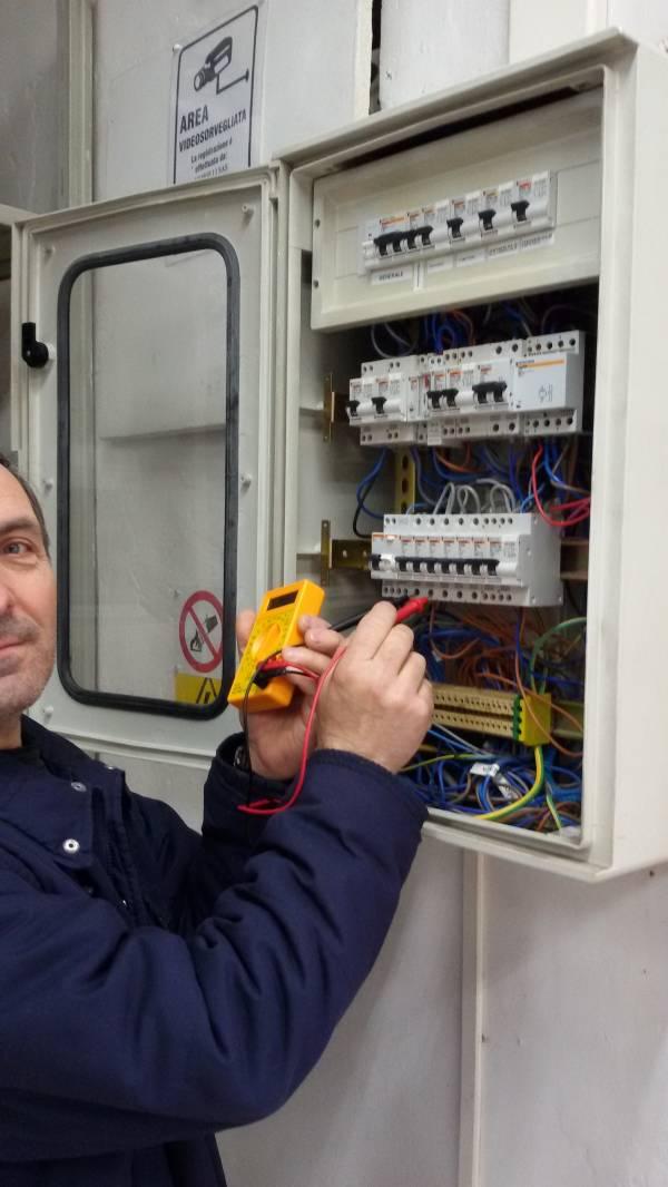 I nostri elettricisti specializzati sapranno risolvere prontamente ogni vostro problema